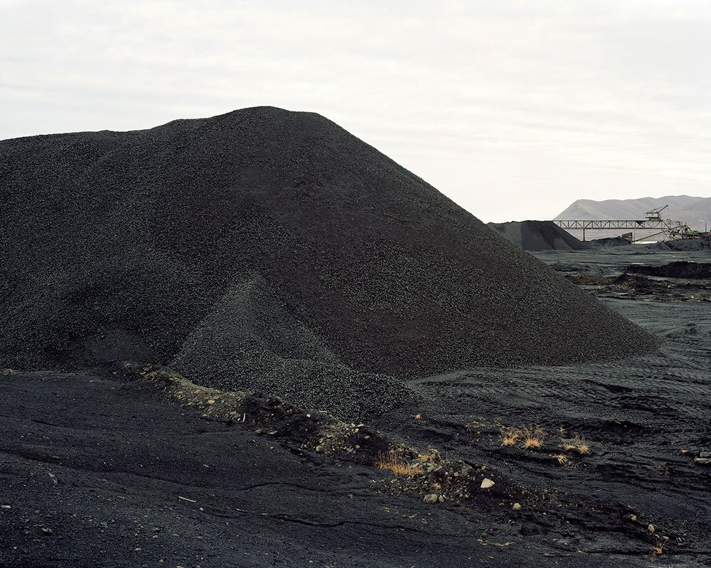2007_Svalbard_Coal_Mountain.jpg